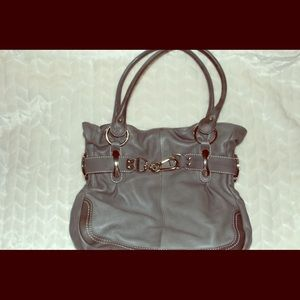 B. Makowski leather purse